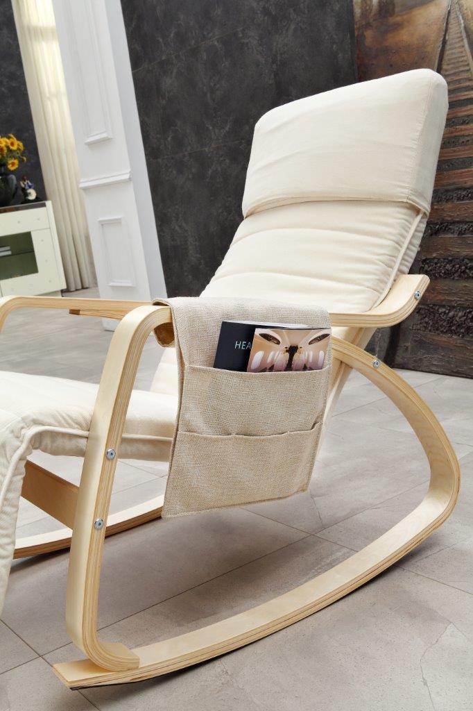 Magnifique chaise bascule avec un organisateur pochette for Chaise a bascule blanche